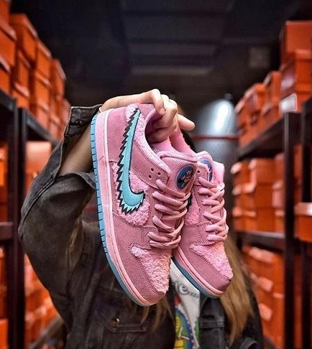 """Pink Bear"""