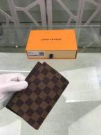 LV Wallet (199)