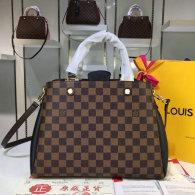 LV Handbag AAA (311)