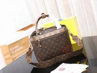 LV Handbag AAA (320)