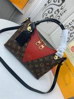 LV Handbag AAA (334)