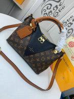 LV Handbag AAA (332)