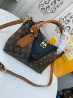 LV Handbag AAA (336)