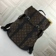 LV Backpack (17)