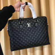 LV Men Bag AAA (113)