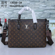 LV Men Bag AAA (98)