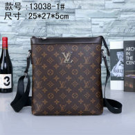 LV Men Bag AAA (95)