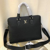 LV Men Bag AAA (114)