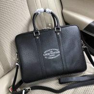 Gucci Men Bag AAA (98)