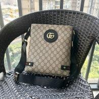 Gucci Men Bag AAA (100)
