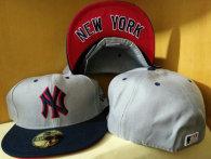 New York Yankees hat (319)