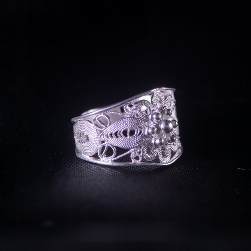 Sun Flower - Miao Silver Filigree Ring