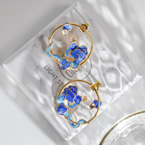 Lucky Clouds -Burning Blue Cloisonne Moon Stone Ear Stud
