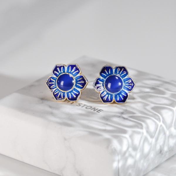 Gilt Flower - Burning Blue Cloisonné Silver Ear Stud