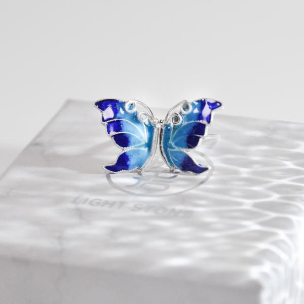 Butterfly - Burning Blue Cloisonné Silver Ear Stud