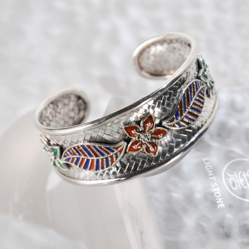 Gaisang Mêdog - Enameling Tibetan Handmade Silver Bracelet
