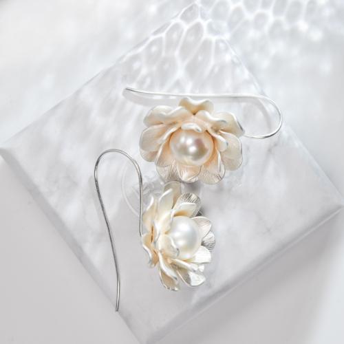 Flower - Pearl Silver Earrings
