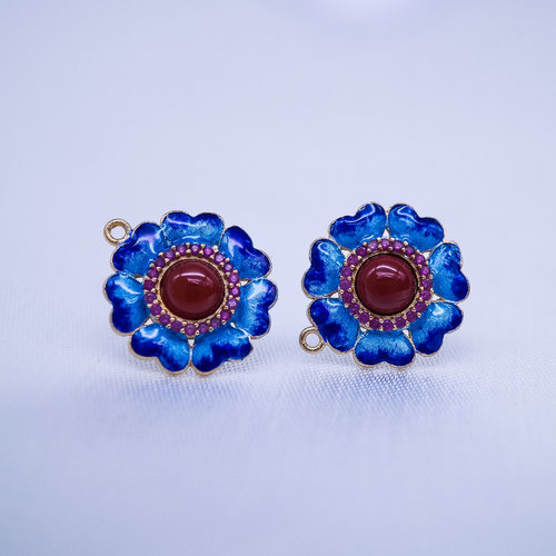 Burning Blue Cloisonné Ear Stud - Gilt Red Agate Flower