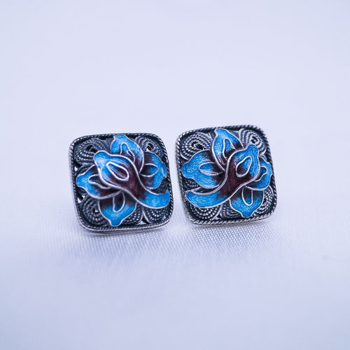 Burning Blue Cloisonné  Ear Stud - Lotus