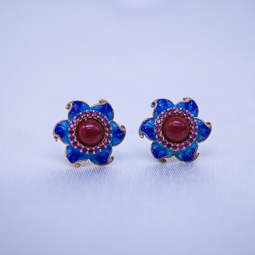 Burning Blue Cloisonné Ear Stud - Red Agate Star Flower