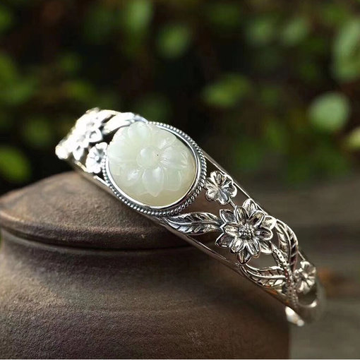 Royal Vintage Flower - Jade Silver Bangle