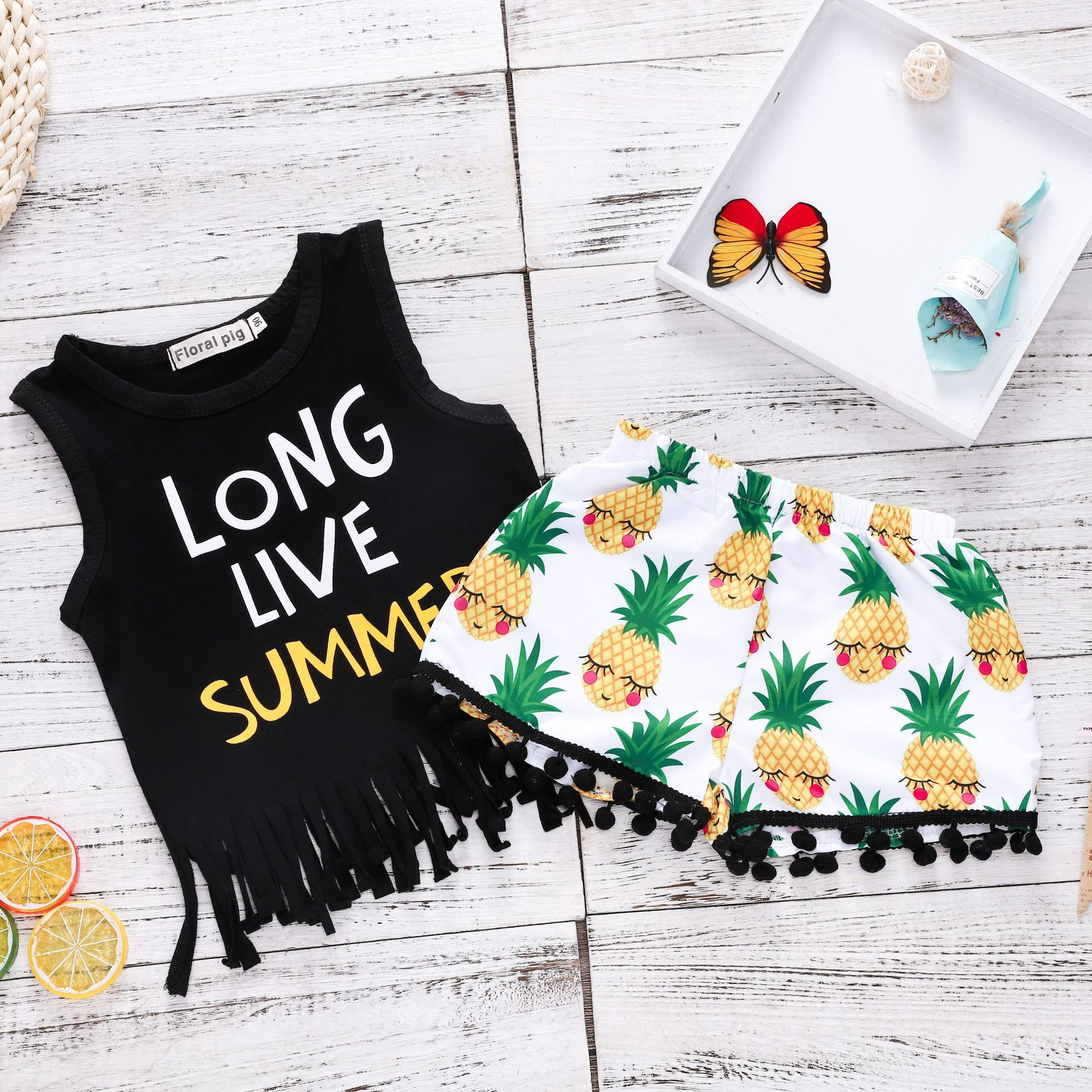 Girls Slogan Tassels Tank and Print Pineapples Pompom Shorts Two-Piece Outfit