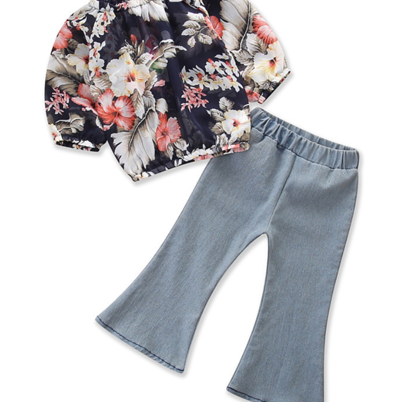 Girls Flowers Blouse and Flared Jeans Two-Piece Outfit