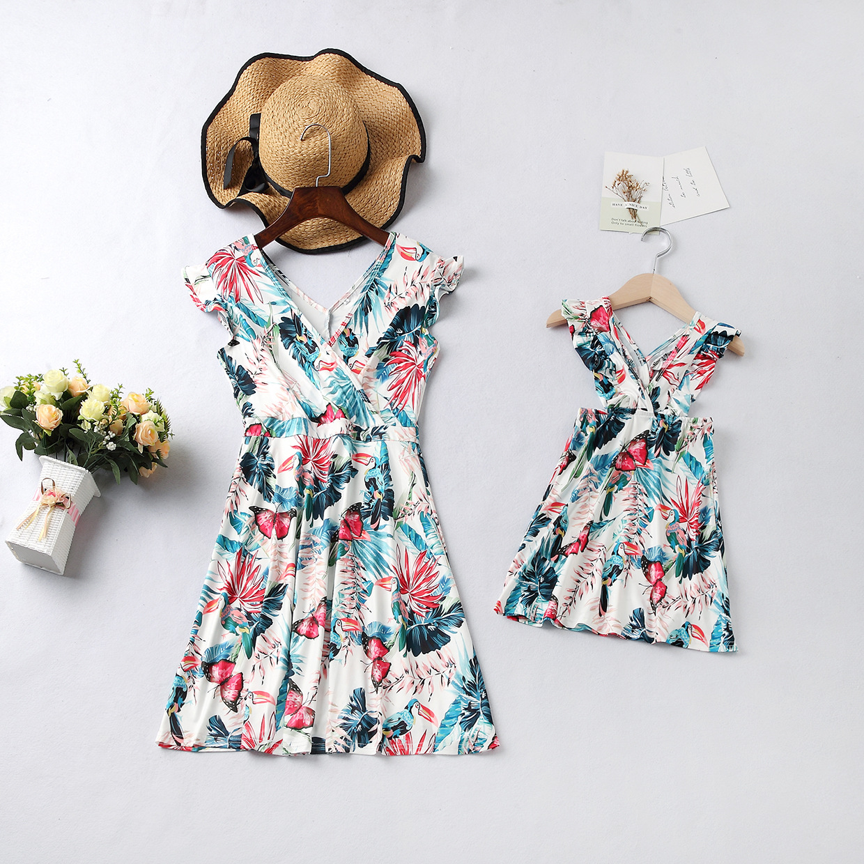 Mommy and Me Ruffles Sleeve  Family Matching Backless Flower Dresses