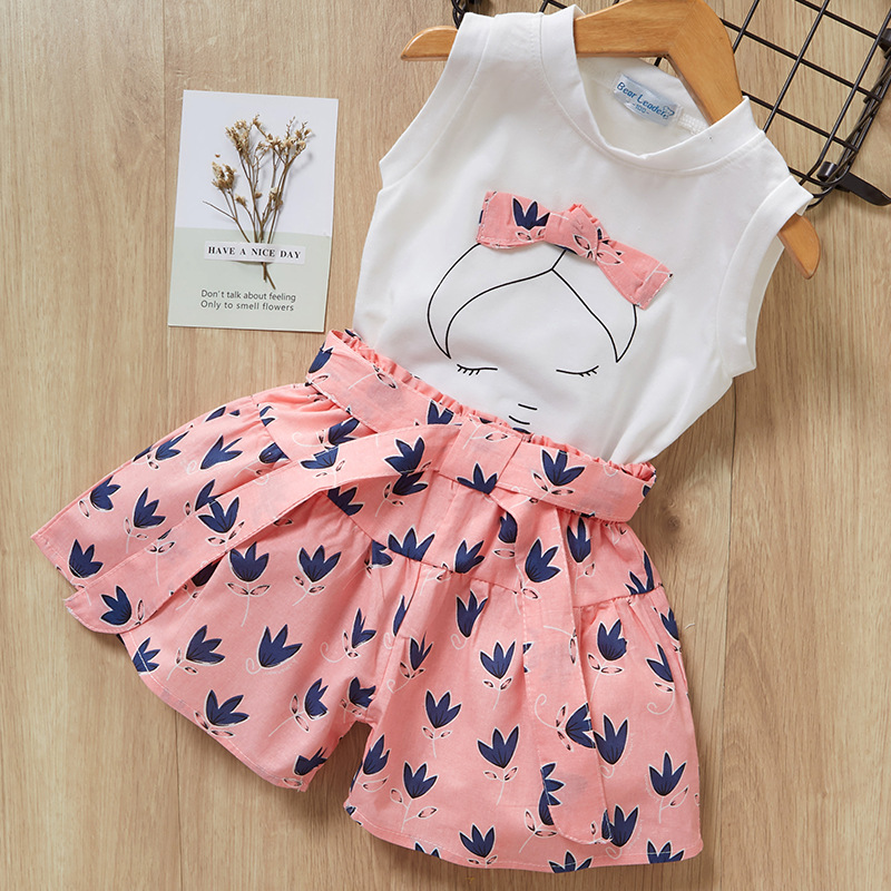 Kid Girl Face Bowknot White Top and Navy Flowers Short Two-piece Outfit