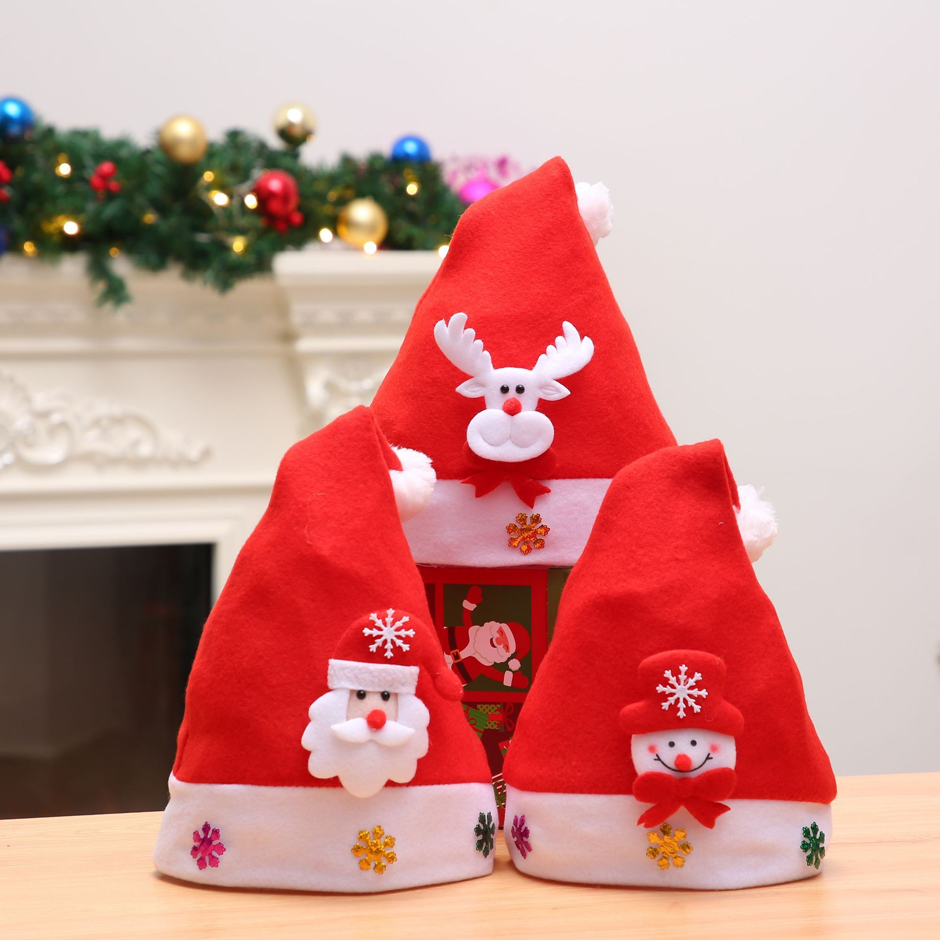 Christmas Hat Non-Woven Pleuche for Childrens and Adults