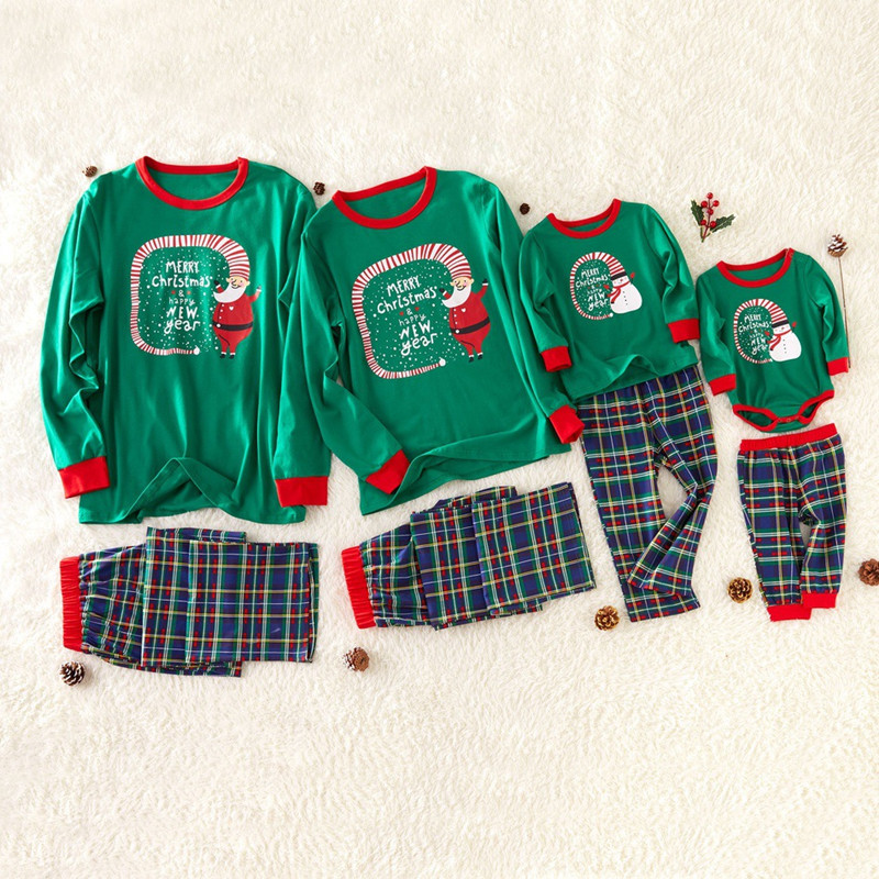 Christmas Family Matching Sleepwear Pajamas Sets Green Slogan Top and Navy Plaids Pants