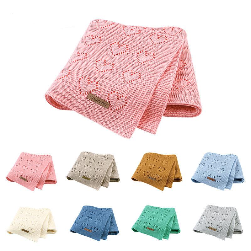 Print Knit Hearts Sleeping Blanket