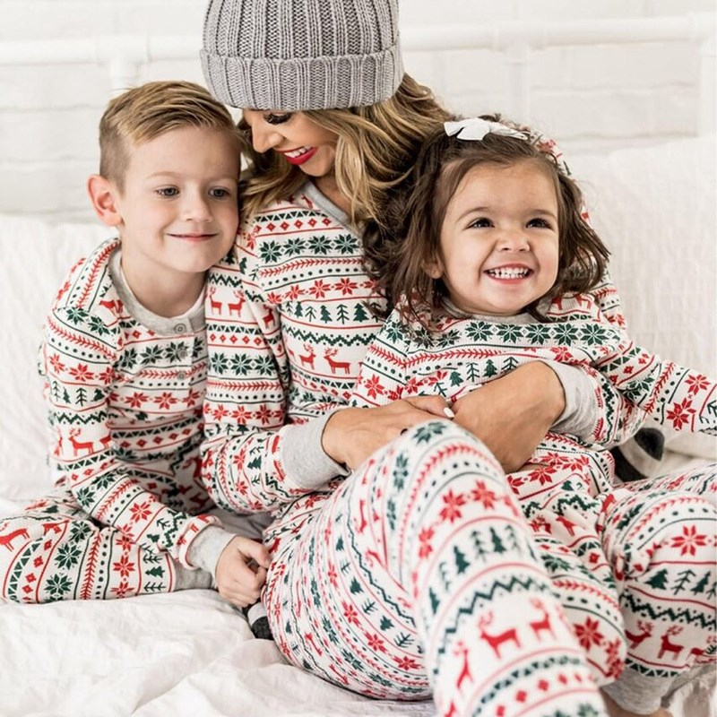 Christmas Family Matching Sleepwear Pajamas Sets White Deers Trees Printing Top and Pants