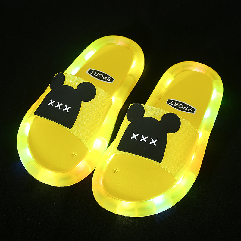 Toddlers Kids Cartoon Luminous Shining Light Bear Flat Beach Summer Slippers