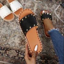 Women Fashion Rivet Flat Sandals Slippers
