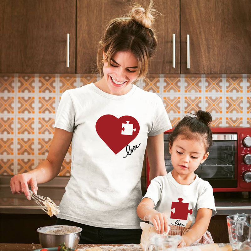 Matching Family Prints Heart Puzzles Creative Design Mom And Me T-Shirts