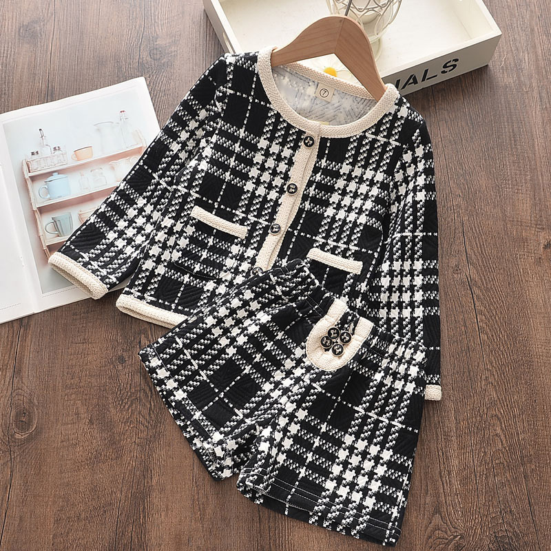 Girl Plaid Cardigan Long Sleeve Coat and Shorts Set Outfit