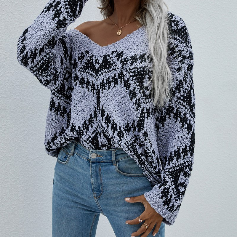 Women Long Sleeved Loose Knitted Pullover Sweater