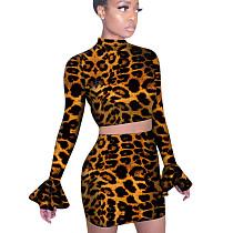Flare Sleeves Top Falda corta Leopard Impreso Bodycon Club Trajes QQM3875