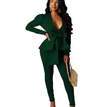 Zwartachtig groene vrouwelijke effen kleur zakelijke sets V-hals ruches top skinny broek CM639