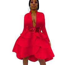 Красное модное платье с длинными рукавами и коленами QQM3896