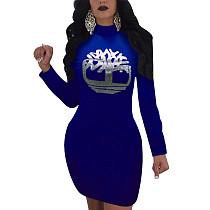 فستان متوسط الطول بأكمام طويلة وطبعة أمامية باللون الأزرق Sivler K8881