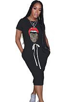 Boca preta impressão gráfica Shirred detalhe auto-amarrado vestido longo QZ6085