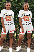 Effen kleur voorkant mond Graphic & Slogan Print Shirt Top & Shorts Sets