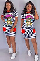 فستان متوسط الطول بطبعة أمامية وجيب بطبعة أرنب