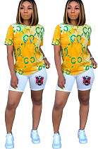 Желтый повседневный полиэстер Tie Dye Letter с коротким рукавом шею Tee Top шорты комплекты MDF5201