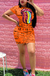 Orange Casual Mouth Graphic Short Sleeve Round Neck Shift Dress OEP6190