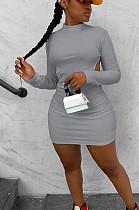 رمادي مثير بوليستر كم طويل الرقبة العالية عارية الذراعين عالية الخصر فستان طويل YYF8109