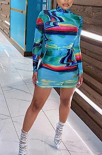 Gebundenes Dye High Neck Bodycon Kleid