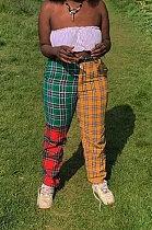 Pantalon décontracté décontracté à carreaux en polyester épissé de couleur assortie KSN8032